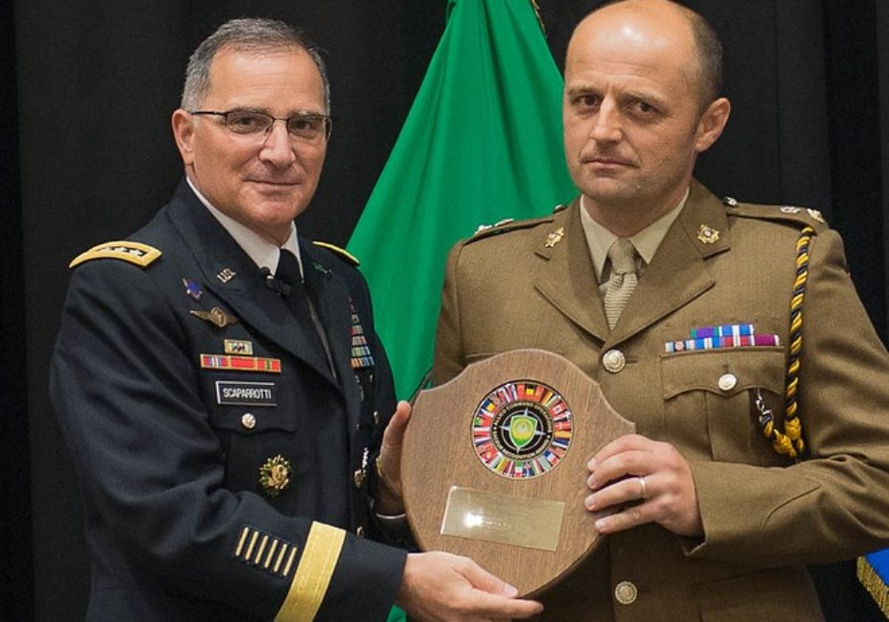 Lt Col Brown receiving his award from the SACEUR, General Curtis M. Scaperrotti, US Army